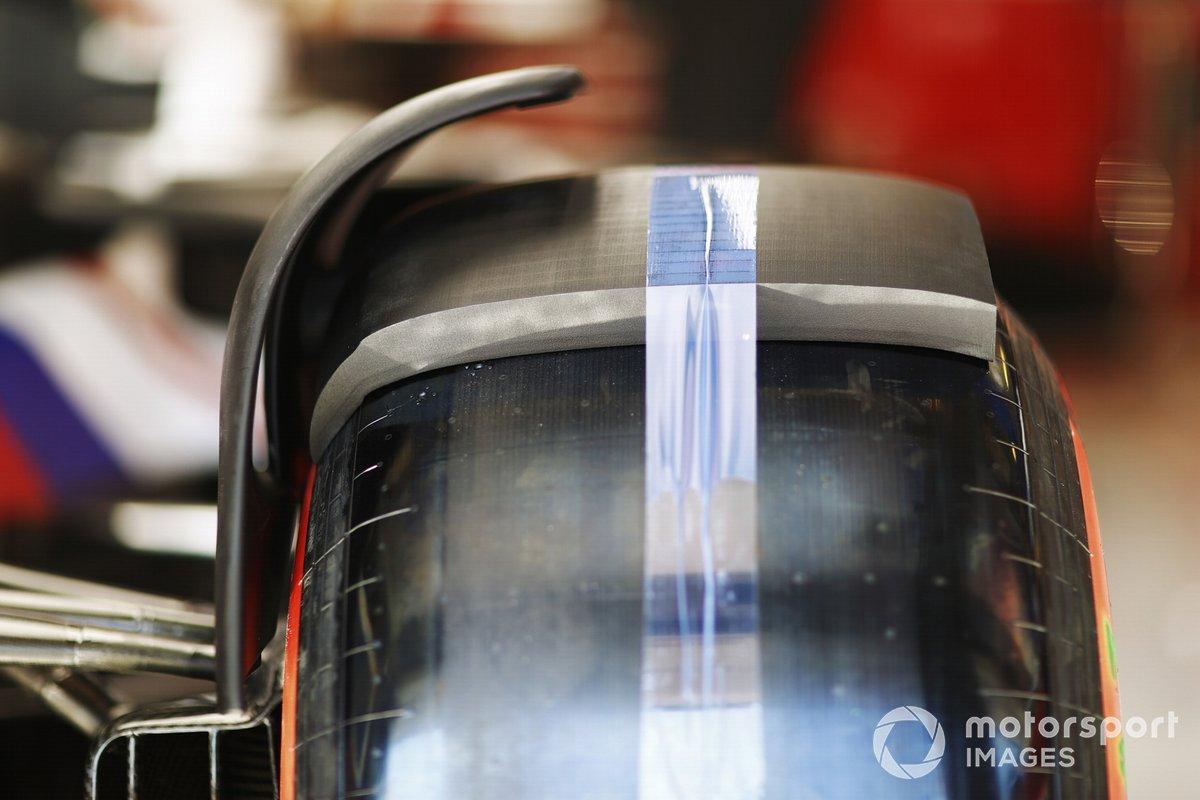 Detalle de las ruedas del Haas VF-21