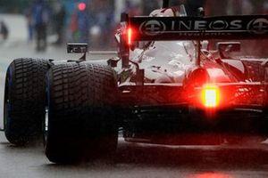 Lewis Hamilton, Mercedes W12, arrives on the grid