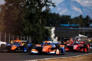 Scott Dixon, Chip Ganassi Racing Honda, Felix Rosenqvist, Arrow McLaren SP Chevrolet, Graham Rahal, Rahal Letterman Lanigan Racing Honda