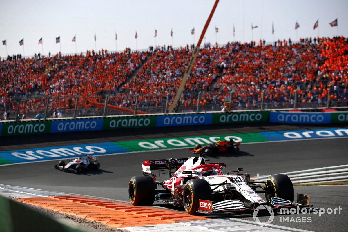 Robert Kubica, Alfa Romeo Racing C41, Nikita Mazepin, Haas VF-21