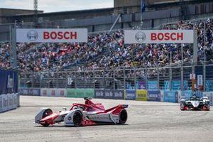 Joel Eriksson, Dragon Penske Autosport, Penske EV-5, Rene Rast, Audi Sport ABT Schaeffler, Audi e-tron FE07