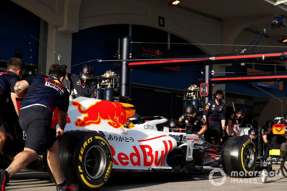 Max Verstappen, Red Bull Racing RB16B in pit lane
