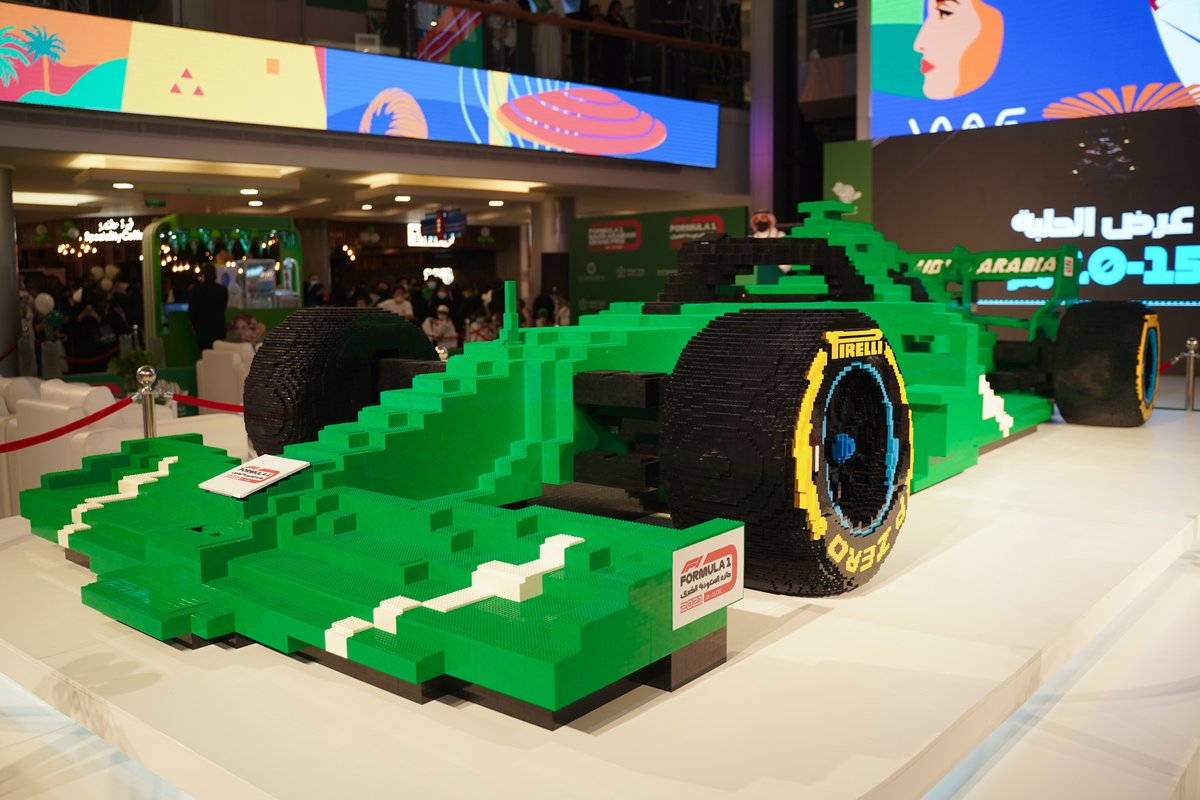 الاتحاد السعودي للسيارات والدراجات النارية يبني أكبر مجسم لسيارة فورمولا واحد في العالم