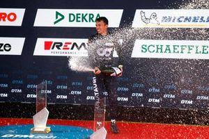 Podium: Race winner Alex Albon, AF Corse
