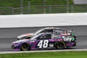 Alex Bowman, Hendrick Motorsports, Chevrolet Camaro Ally, Cole Custer, Stewart-Haas Racing, Ford Mustang HaasTooling.com