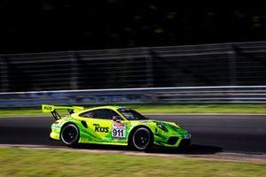 #911 Manthey-Racing Porsche 911 GT3 R: Michael Ammermüller, Michael Christensen