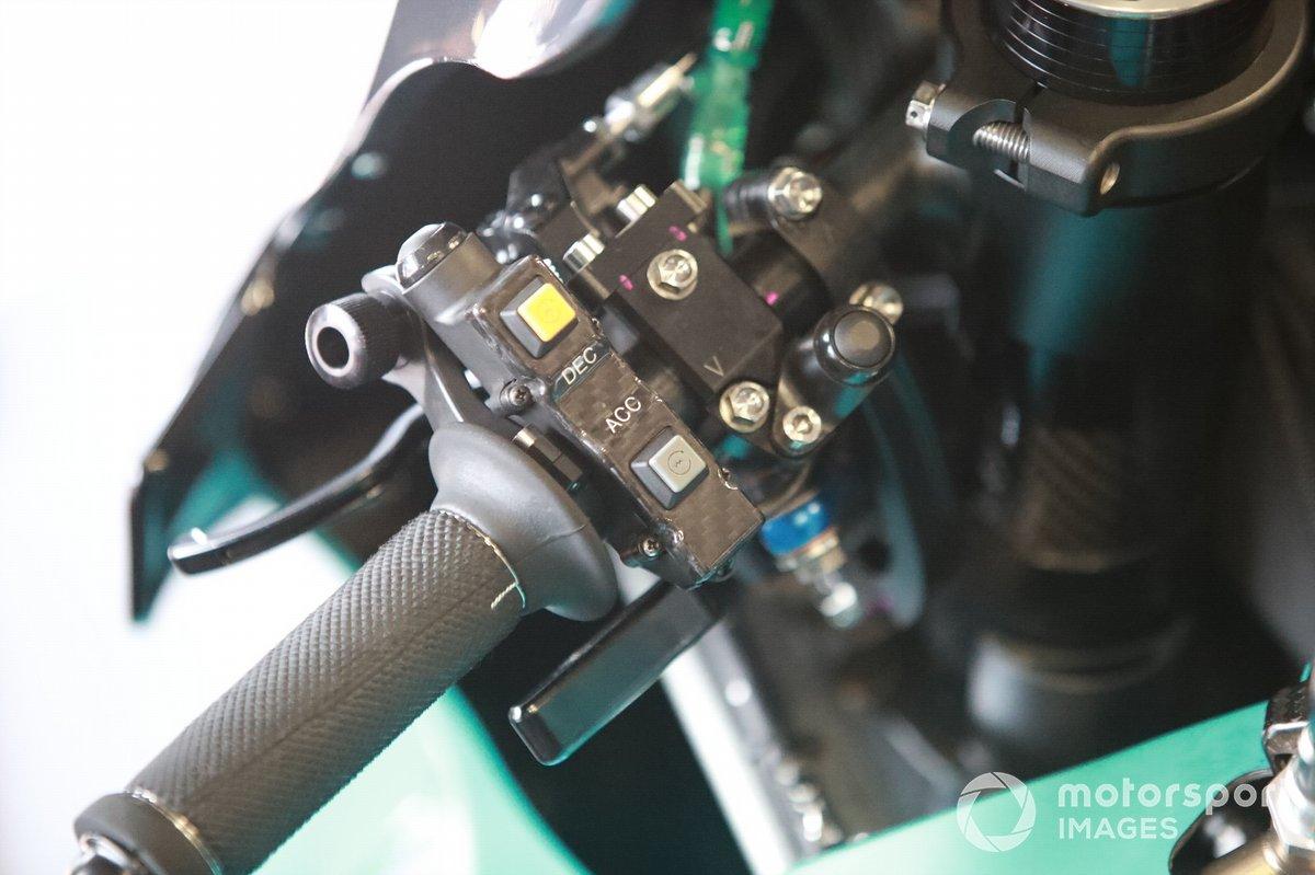 Moto de Fabio Quartararo, Petronas Yamaha SRT