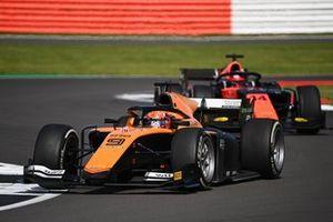Jack Aitken, Campos Racing, leads Nobuharu Matsushita, MP Motorsport
