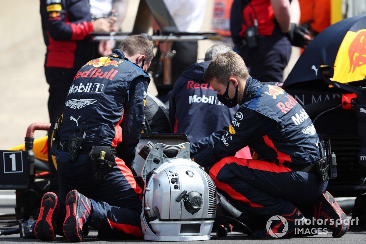 Mecánicos de Red Bull