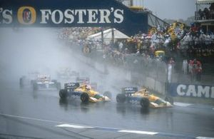 Nelson Piquet, Benetton B191 followed by teammate Michael Schumacher, Benetton B191, Jean Alesi, Ferrari 643 and Riccardo Patrese, Williams FW14 Renault at the start