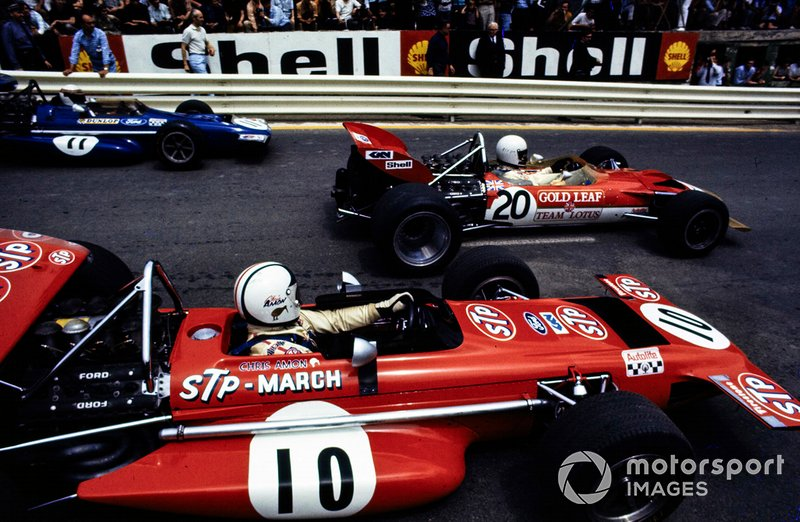 Jochen Rindt, Lotus 49C Ford, Chris Amon, March 701 Ford y Jackie Stewart, March 701 Ford al inicio
