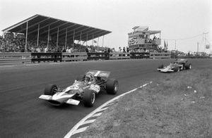 John Surtees, Team Surtees, McLaren M7C, Jochen Rindt, Lotus 72C