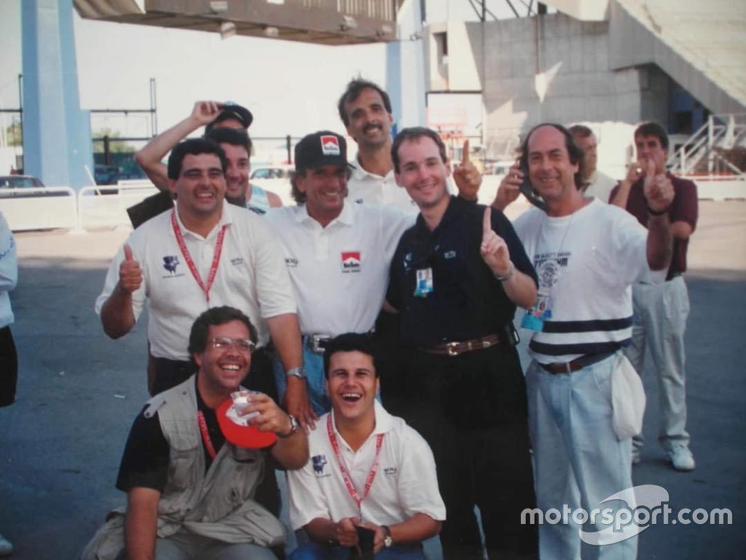 Téo José em foto com Emerson Fittipaldi