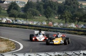 Mike Beuttler, March 721G Ford, Andrea de Adamich, Surtees TS9B Ford