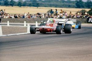 Henri Pescarolo, March 711 Ford, Chris Amon, Matra MS120B