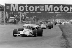 Howden Ganley, BRM P153, Peter Gethin, McLaren M19A Ford
