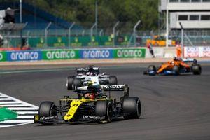Esteban Ocon, Renault F1 Team R.S.20, Daniil Kvyat, AlphaTauri AT01, and Carlos Sainz Jr., McLaren MCL35