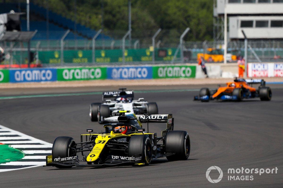 Esteban Ocon, Renault F1 Team R.S.20, Daniil Kvyat, AlphaTauri AT01, Carlos Sainz Jr., McLaren MCL35