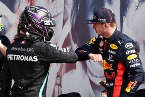 Lewis Hamilton, Mercedes-AMG Petronas F1 congratulates Race Winner Max Verstappen, Red Bull Racing in Parc Ferme