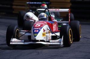 Ganador de la carrera Peter Dumbreck, Dallara