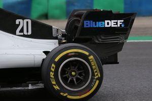 Haas VF-20, dettaglio dell'ala posteriore