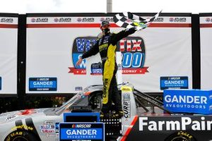 Ganador Grant Enfinger, ThorSport Racing Ford