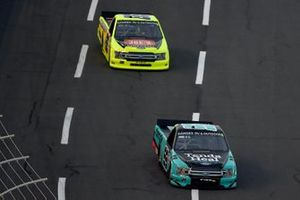 Ben Rhodes, ThorSport Racing Ford Tenda Heal, leads Matt Crafton, ThorSport Racing Ford Oklahoma Joe's Smokers/Menards