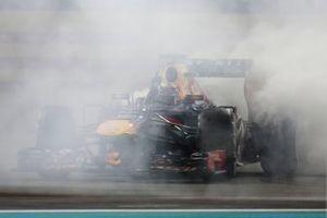 Sebastian Vettel, Red Bull RB9, fête sa victoire