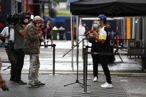 Daniel Ricciardo, Renault F1 Team parla con i media