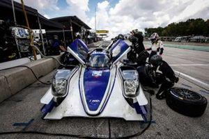 #52 PR1 Mathiasen Motorsports ORECA LMP2 07, LMP2: Patrick Kelly, Simon Trummer, pit stop