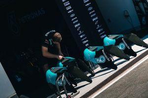 Crew: SIC Racing Team