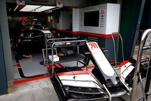 Haas mechanics work in the garage