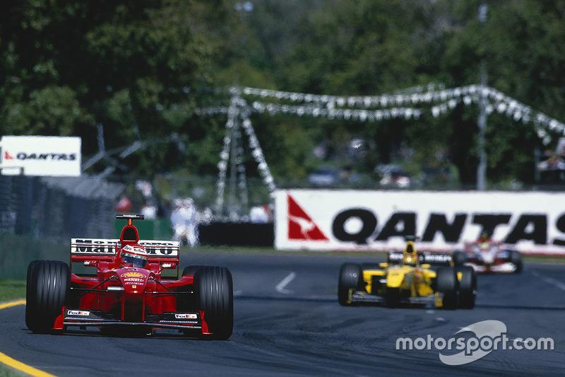 4: Eddie Irvine, 33 años, 3 meses y 25 días en el GP de Australia 1999