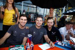 #1 Montaplast by Land-Motorsport, Audi R8 LMS: Connor De Phillippi, Christopher Mies und #77 Callawa