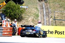 Robert Wickens, Mercedes-AMG Team HWA, Mercedes-AMG C63 DTM stopped on track