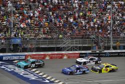 Denny Hamlin, Joe Gibbs Racing Toyota Elliott Sadler, JR Motorsports Chevrolet