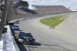 Kurt Busch, Stewart-Haas Racing Ford, Chase Elliott, Hendrick Motorsports Chevrolet, Jamie McMurray,