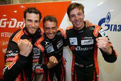 LMP2 ganadores de la pole #26 G-Drive Racing Oreca 07 Gibson: Roman Rusinov, Pierre Thiriet, Alex Ly