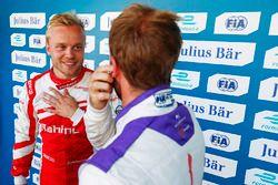 Felix Rosenqvist, Mahindra Racing, with Sam Bird, DS Virgin Racing