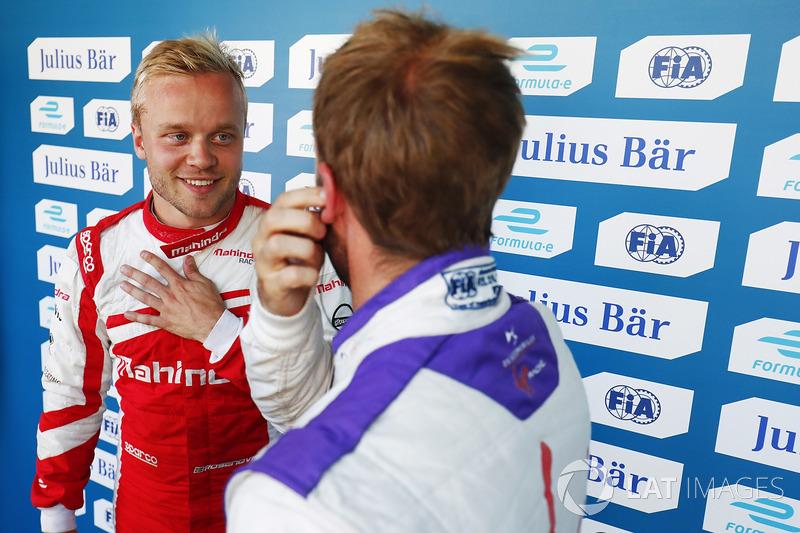 Felix Rosenqvist, Mahindra Racing, con Sam Bird, DS Virgin Racing