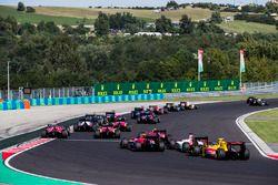 Louis Deletraz, Racing Engineering, Sergio Sette Camara, MP Motorsport, Sean Gelael, Pertamina Arden