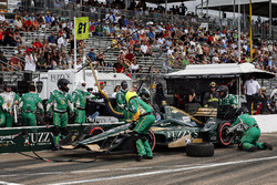 J.R. Hildebrand, Ed Carpenter Racing Chevrolet pit stop
