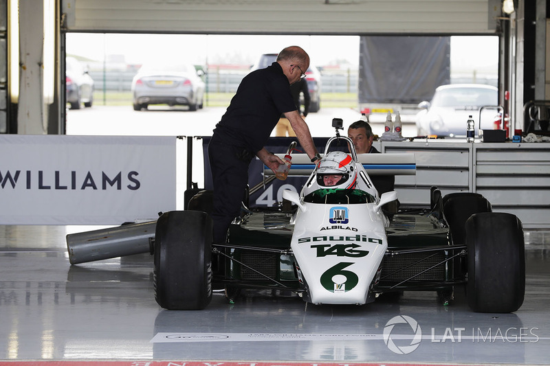 Martin Brundle in the cockpit of a six-wheeled FW08