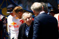 Президент FIA Жан Тодт и управляющий директор Ф1 по коммерческим операциям Шон Братчес
