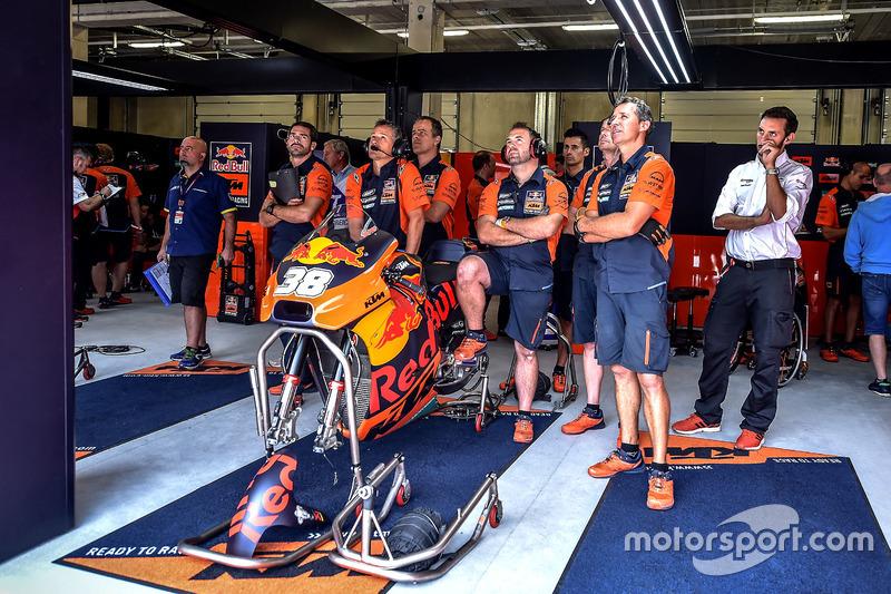Гараж Бредлі Сміта, Red Bull KTM Factory Racing
