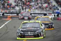 Matt Tifft, Joe Gibbs Racing Toyota, Brendan Gaughan, Richard Childress Racing Chevrolet