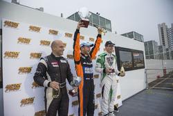 Podium: 2. Mauro Trentin, Petri Corse Motorsport; 1. Thomas Biagi, Antonelli Motorsport; 3. Gabriele