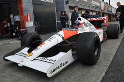 Jenson Button dans la McLaren MP4/6