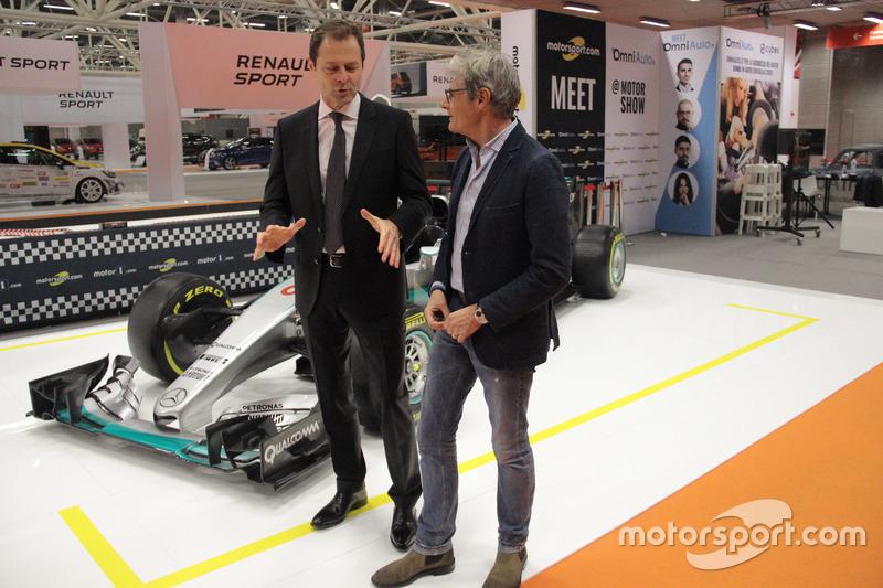 Aldo Costa, Responsabile Progetto e Sviluppo Mercedes AMG F.1 e Guido Schittone, Motorsport.com