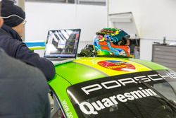 Helm von Gianmarco Quaresmini, Dinamic Motorsport, Porsche 911 GT3 Cup